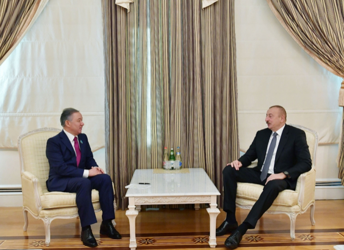 President Ilham Aliyev receives chairman of Mazhilis of Kazakh Parliament - UPDATED
