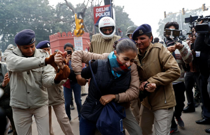 Citizenship Act protests: Hundreds held across India for defying ban