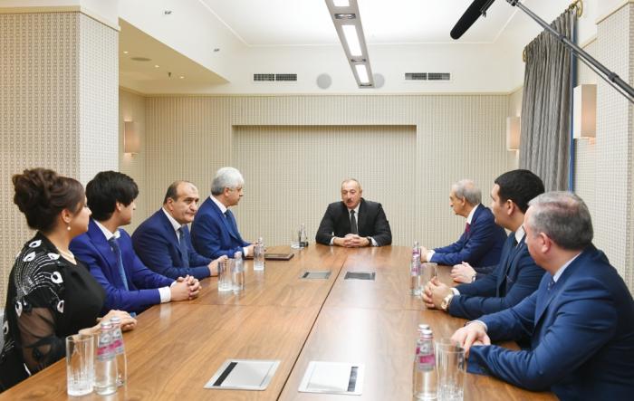 Prezident Sankt-Peterburqda diaspor rəhbərləri ilə görüşdü