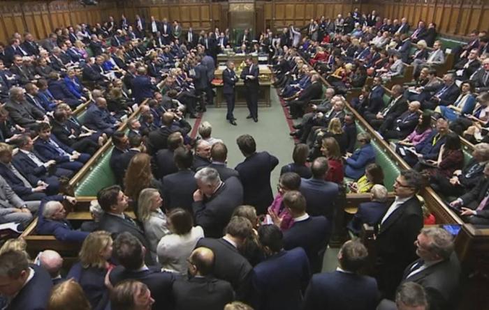 """""""Brexit""""lə bağlı qanun layihəsi qəbul edildi"""