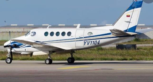 Plane crash in Venezuela kills 9 passengers, crew members