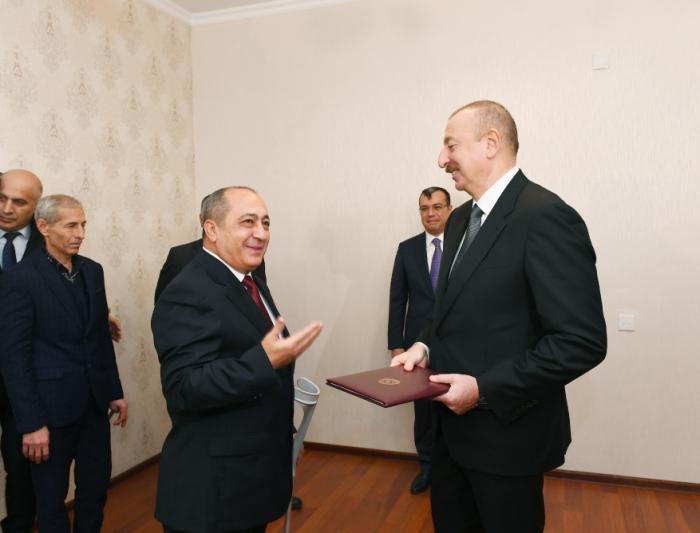 Prezident Milli Qəhrəmana ev verib - FOTOLAR