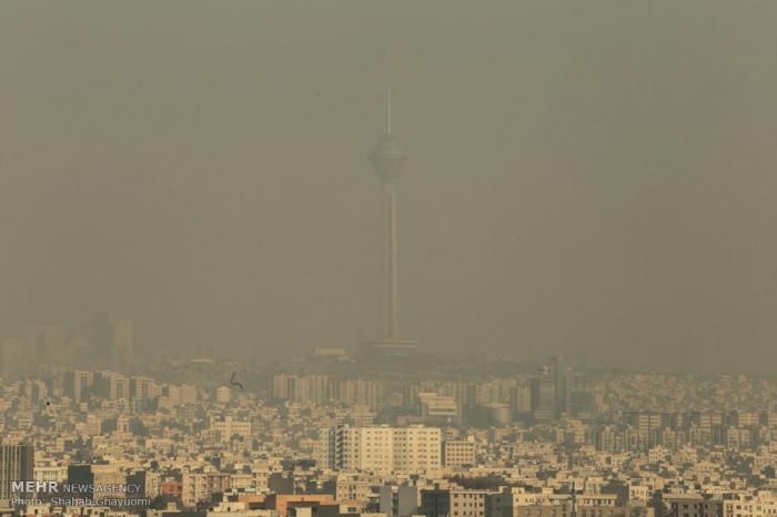 Tehran air pollution forces week-long school closure