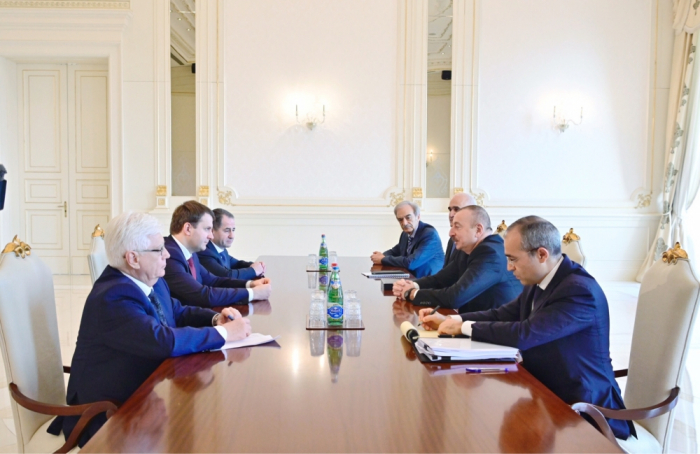 Ilham Aliyev receives Russian economic minister