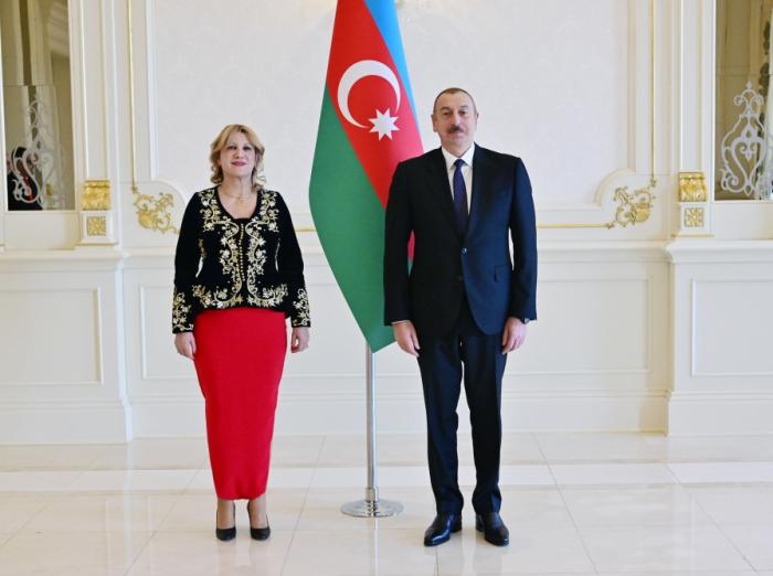 Əlcəzairin yeni səfiri Prezidentin qəbulunda - FOTOLAR (Yenilənib)
