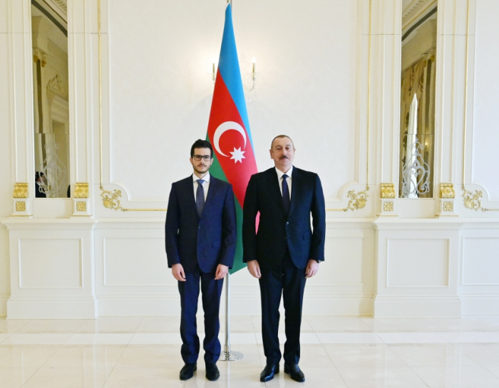 President Ilham Aliyev receives credentials of incoming Israeli ambassador