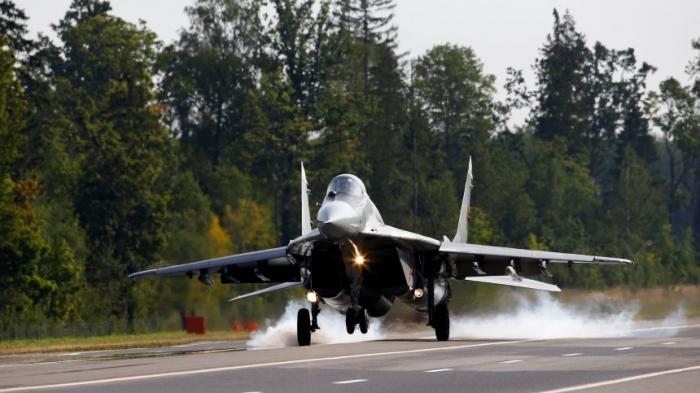 Kampfjet im Iran abgestürzt