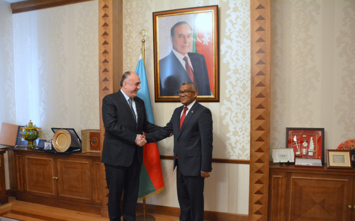 Azerbaijani FM receives outgoing Sudanese ambassador