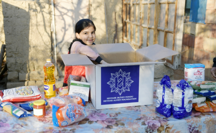 Heydar Aliyev Foundation distributes holiday gifts to low-income families