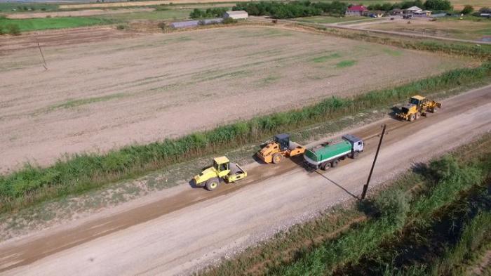 Kürdəmirdə 3 yol infrastrukturu layihəsi icra olunub