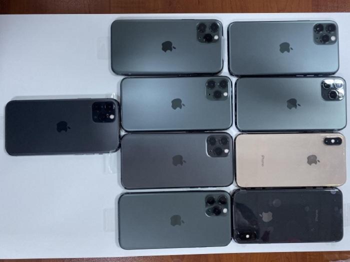 Gömrükdə gizlədilən telefonlar aşkarlandı