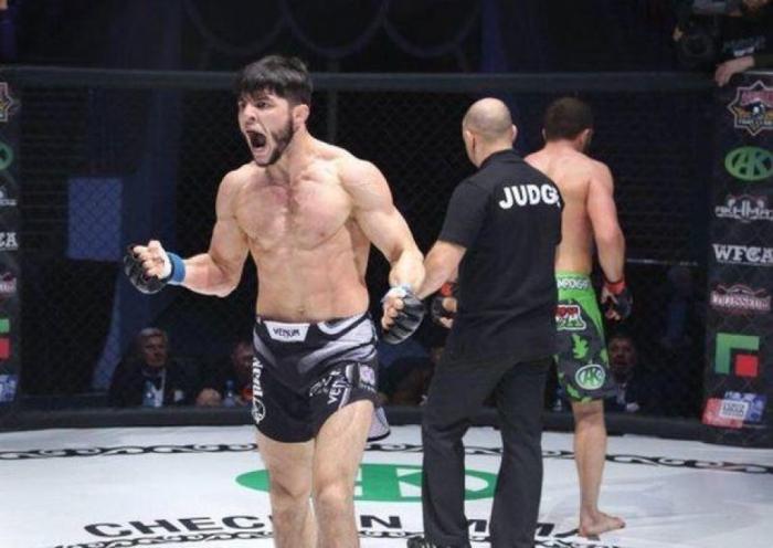 MMA döyüşçümüz amerikalı rəqibini nokauta saldı - VİDEO