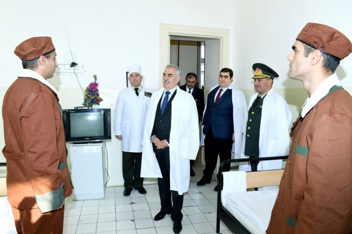 Naxçıvan Qarnizonunun Hərbi Hospitalına bayram sovqatı aparılıb