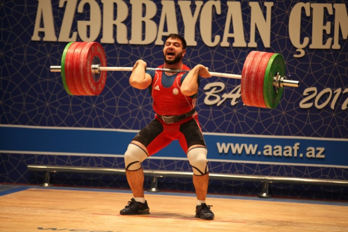 Azerbaijani weightlifters to contest medals at Qatar 6th International Cup