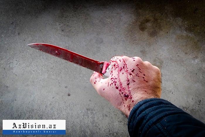 Bakıda kişi keçmiş arvadını və qaynını bıçaqladı