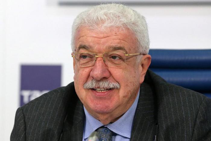 """""""Mehriban Əliyeva rus dilinin inkişafına böyük əhəmiyyət verir"""" - Mixail Qusman"""
