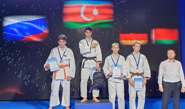 Rusiyada 3 medal qazanıb