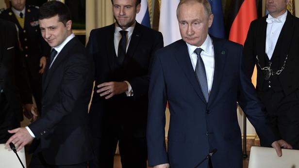 Poutine et Zelensky dialoguent mais actent leurs divergences