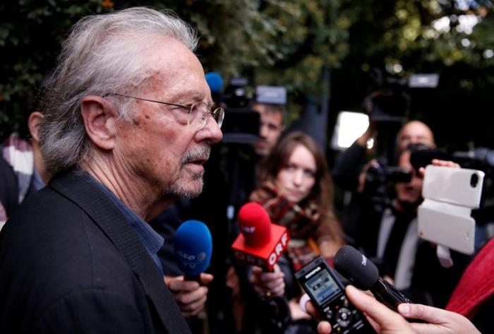 Le Kosovo déclare Peter Handke «persona non grata»