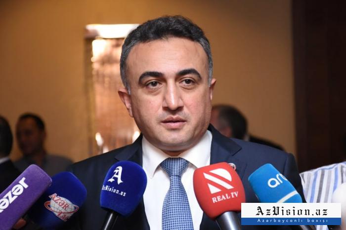 """""""Dövlət qurumlarında çalışan hüquqşünaslar da vəkilliyi seçir"""" - Anar Bağırov"""