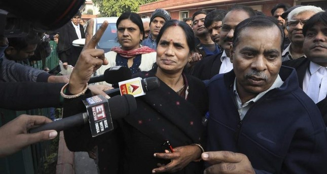 India to hang 4 convicted rapists after court overturns final appeal