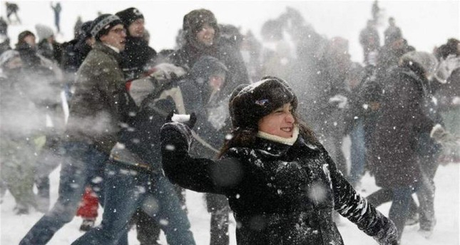 Wisconsin city to lift 50-year ban on throwing snowballs