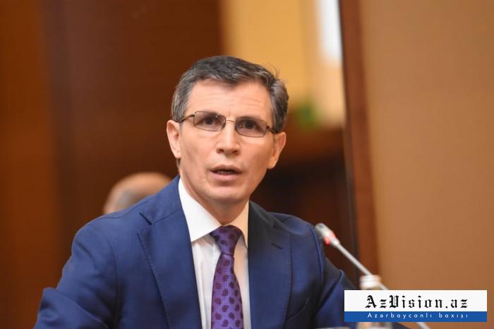 Zahid Oruc namizədliyini irəli sürüb
