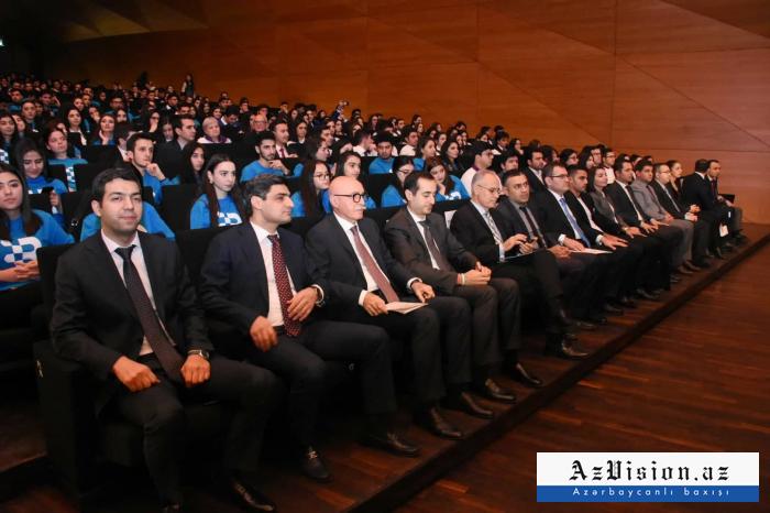 Azərbaycan Könüllülərinin 2-ci Həmrəylik Forumu - FOTOLAR