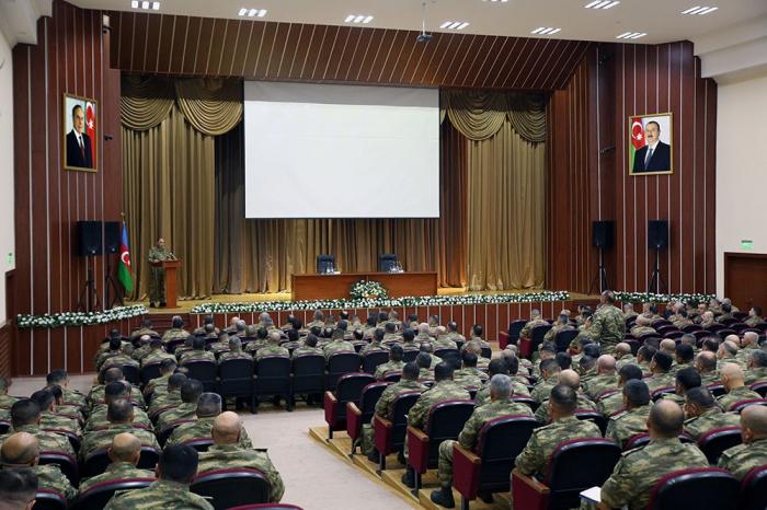Se celebra la reunión de los efectivos del Ejército de Azerbaiyán