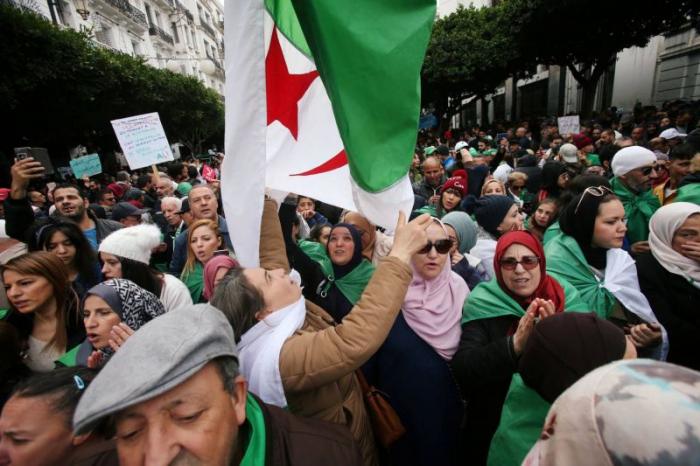Washington soutient le droit des Algériens à «exprimer pacifiquement leurs opinions»