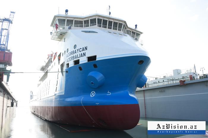 Gəmilərin inşa edildiyi zavodda bir gün - REPORTAJ (FOTOLAR)