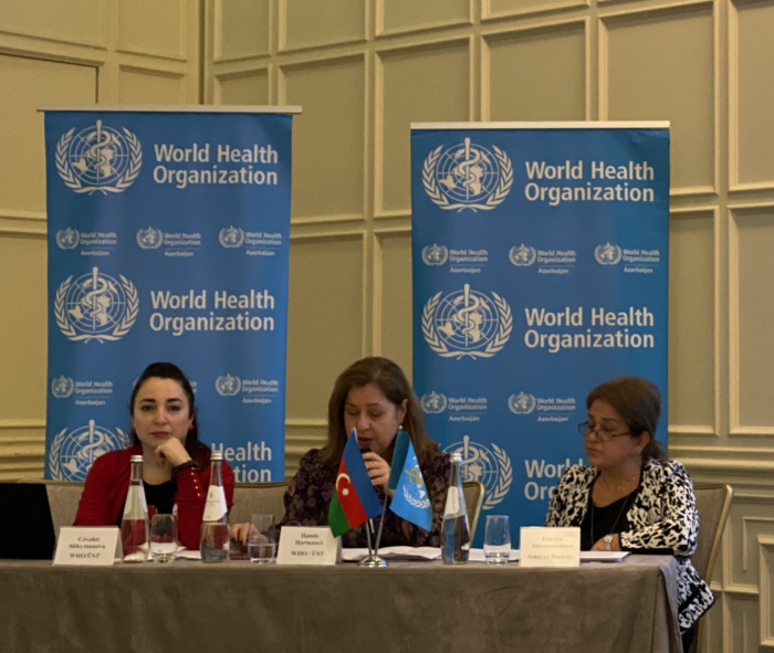 Oval table discussions held on World AIDS Day in Baku