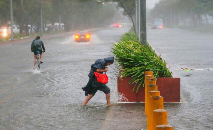 Filippində tayfun: 17 nəfər ölüb
