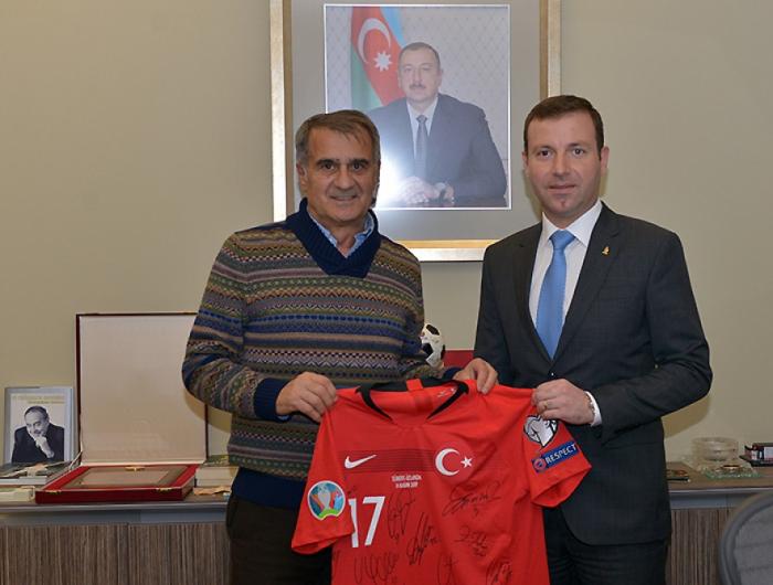 AFFA secretary general meets with head coach of Turkish national football team