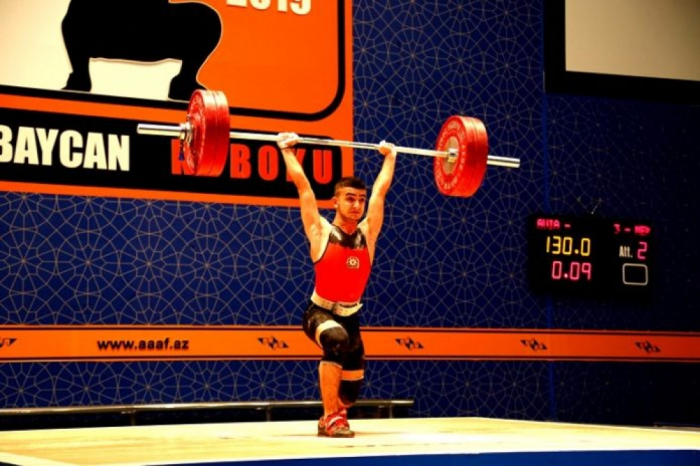 Azerbaijani weightlifter crowned European champion