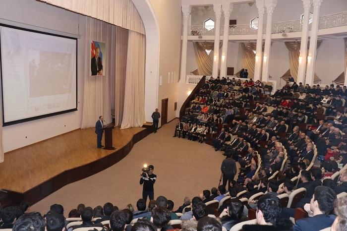 AzTU-da Heydər Əliyevin xatirəsi anılıb