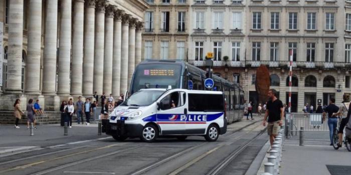 Bordeaux: 16 personnes en garde à vue, soupçonnées d