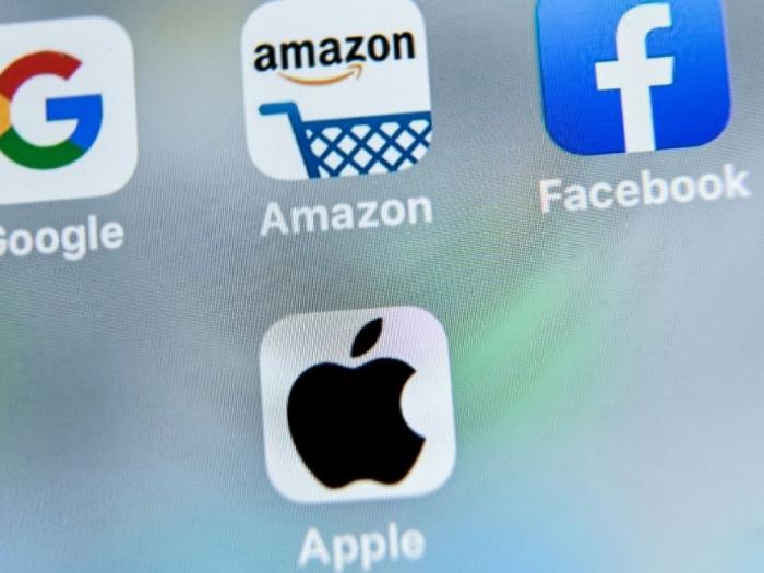 Taxe des géants du web:   le Canada attendra le rapport de l