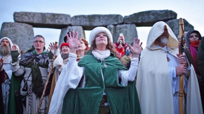 Druiden feiern die längste Nacht des Jahres