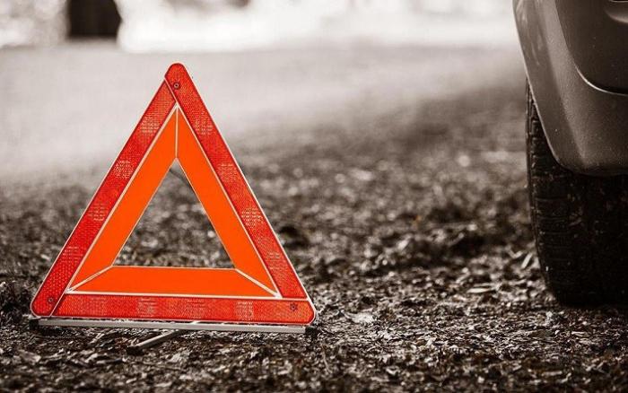 42 yaşlı kişi yük avtomobilinin altında qalaraq ölüb