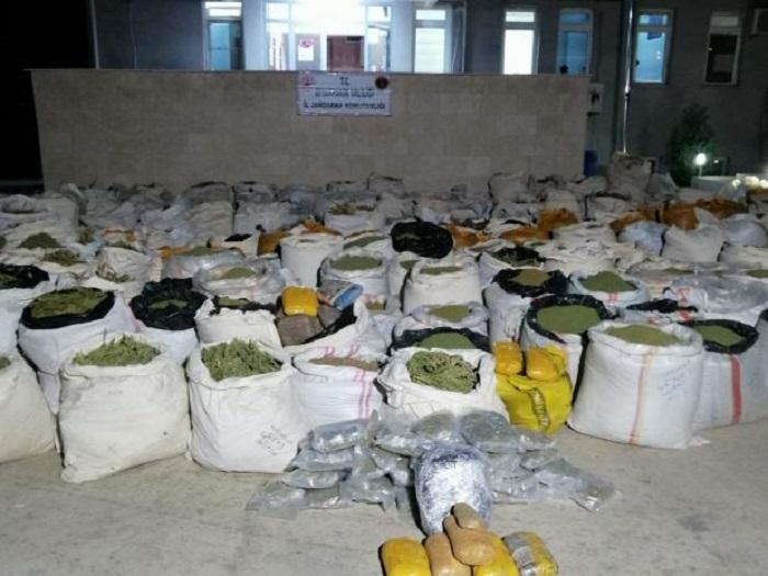 PKK-ya qarşı yeni əməliyyat - Tonlarla narkotik aşkar edildi
