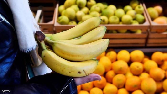 """بخطأ مأساوي.. """"الموز"""" ينهي حياة صبي مصري"""