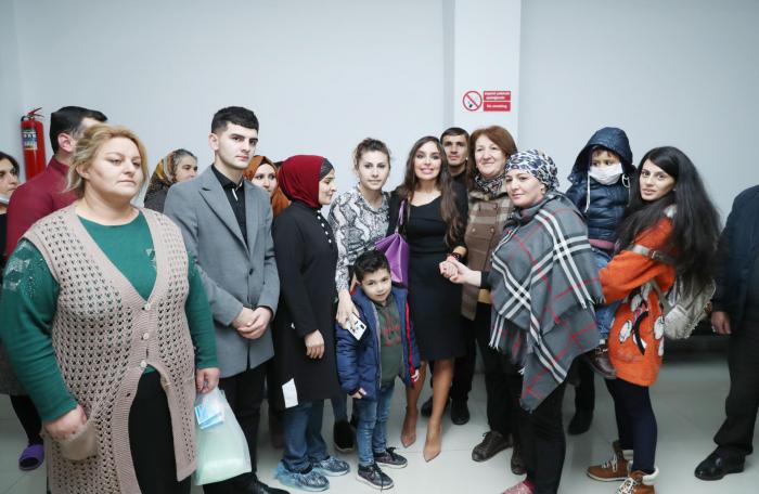 Leyla Aliyeva meets with children undergoing treatment at National Hematology & Transfusion Center