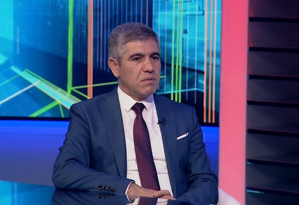 Vüqar Bayramov deputatlığa namizəd oldu