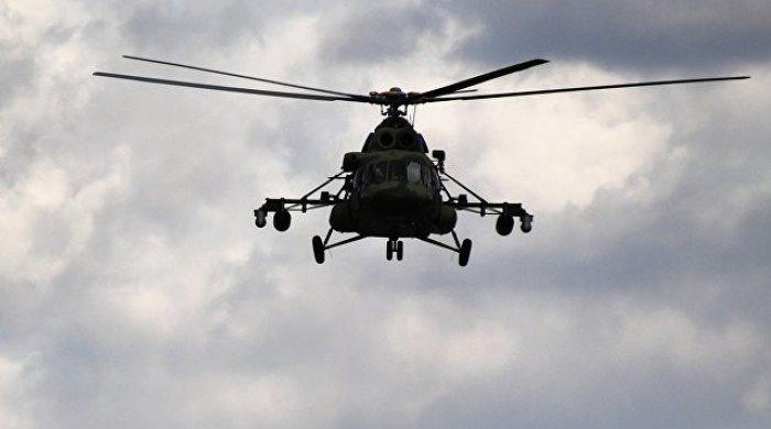 Mi-8 helikopteri təcili eniş edib - Yaralılar var