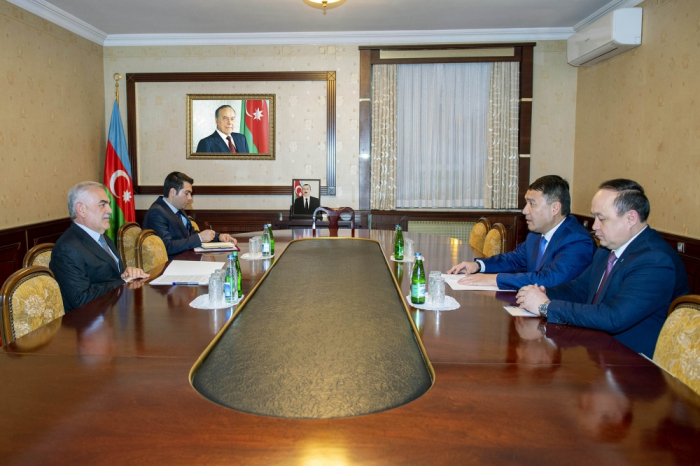 Chairman of Nakhchivan Supreme Assembly meets with Kazakh ambassador