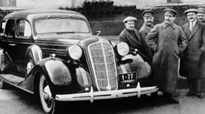 Stalinin 2,5 milyonluq avtomobili oğurlanıb-