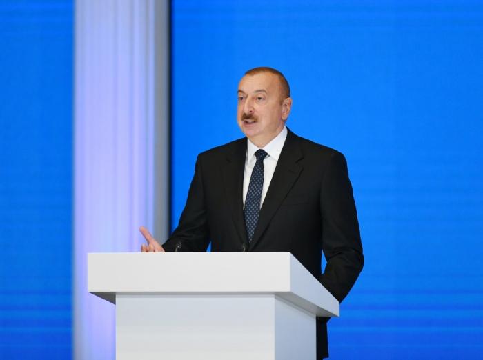 """Prezident: """"Formula 1 Azərbaycana çoxlu dividend gətirdi"""""""