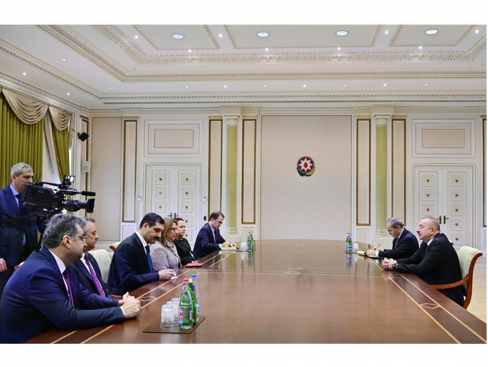 President Ilham Aliyev receives delegation led by Turkish minister of trade