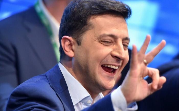"""""""Dünya siyasətində heç kimə etibar etmirəm"""" - Zelenski"""